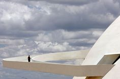 The ramp of Brasilia's National Museum, work of Brazilian architect Oscar Niemeyer, inaugurated in 2007, as seen 13 December, 2007.