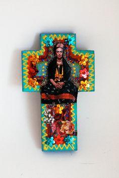 Frida Kahlo on colorful wooden cross / ROYGBIV / par TheVirginRose