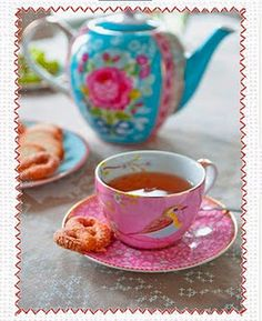 birds and tea cups...what a pretty match!  Pretty Things