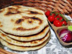 Reteta culinara Turte la tigaie din categoria Piine. Cum sa faci Turte la tigaie Just Bake, Recipies, Food And Drink, Pizza, Cooking Recipes, Bread, Baking, Breakfast, Homemade Food