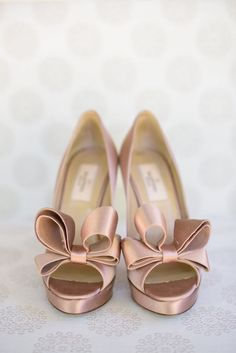 22e5c50918d7 Chic Rosewood Sand Hill Wedding