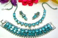 VINTAGE *JULIANA* AQUA RHINESTONE NECKLACE BRACELET EARRING SET