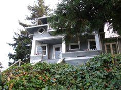1005 NE 72nd St, Seattle, WA 98115 - 6 beds/2 baths