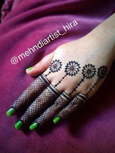 Henna mehndi design