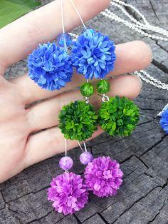 Floral Earrings  Ball Earrings  Lilac Earrings  by Jewelrylimanska