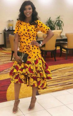 Ankara outfits are just mesmerizing. Blouses and skirts, gowns, trousers and even bags and shoes are being designed from Ankara. African Fashion Designers, Latest African Fashion Dresses, African Dresses For Women, African Print Dresses, African Print Fashion, Africa Fashion, African Attire, African Wear, African Women