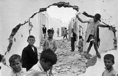 Children playing in ruins. Seville, Spain , 1933 - Henri Cartier-Bresson