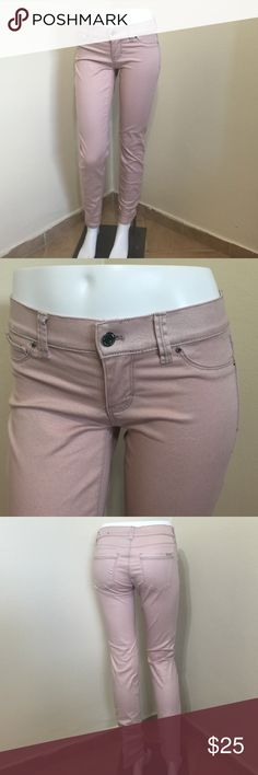WHBM Shimmery Pale Pink Skinny Jeans Size 0 L27 Label- White House Black Market  Style- Skinny Leg Jean Size- 0 Regular- Inseam is 27 inches Rise- 7.5 inches Color-Pale pink with a silver shimmer to fabric Fabric-98% Cotton, 2% Spandex Condition-Barely if ever worn, mint condition, Origin-China White House Black Market Jeans Skinny