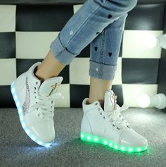 Men's Shoes Initiative Hot Usb Colorful Glowing Led Shoes Femme With Lights Up Luminous Casual Male Shoes Simulation Men Shoes For Adults Neon Basket Men's Casual Shoes