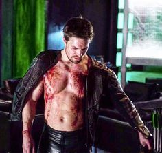 This is Stephen Amell's best performance so far 👏🏻💚