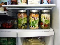 Love these glass jars for salads! Keeps them fresh and crispy until you tuck in for lunch