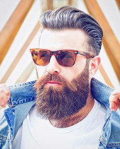 Beard and Company's Extra Strength Beard Growth Serum is the strongest all-natural beard growth serum available! Encourage natural beard growth while keeping your beard moisturized and healthy. Made in the Rocky Mountains of Colorado. Long Beard Styles, Hair And Beard Styles, Mens Hairstyles With Beard, Haircuts For Men, Natural Hairstyles, Hipster Bart, Bart Trend, Bart Styles, Stylish Beards