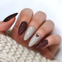 Brown Glitter Nails With Grey Accent Nails Summer Acrylic Nails, Cute Acrylic Nails, Dream Nails, Stylish Nails, French Nails, Toe Nails, Coffin Nails, Nail Inspo, Christmas Nails