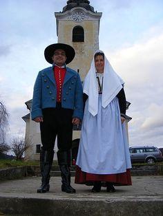 Noša Dobrnič - Reconstructed traditional costume from Dobrnič area, Slovenia, after the template dating to 1832