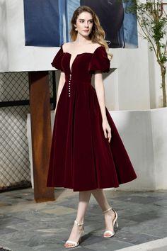 Short Sleeve Prom Dresses, Unique Prom Dresses, A Line Prom Dresses, Tea Length Dresses, Pretty Dresses, Evening Dresses, Dresses With Sleeves, Bridesmaid Dresses, Vintage Style Dresses
