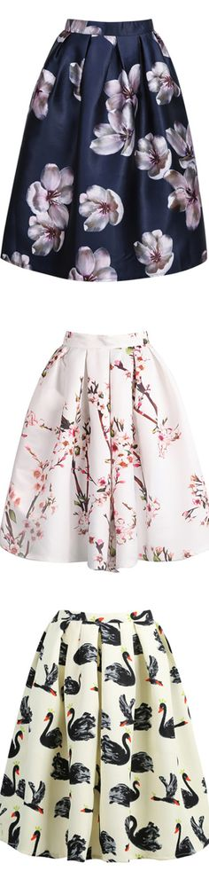 Super cute girly dress a all over bright lilac orchid flower pattern on a navy blue background. Perfectly short and flirty flare skirt. Goes great with nude heels