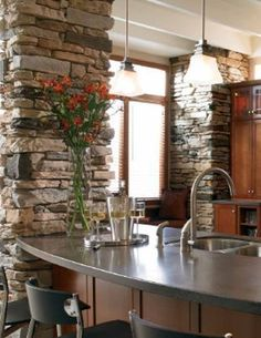Pretty stone accent walls in the kitchen. Idea for the brick beams in dining and living room Urban Kitchen, Rustic Kitchen, Kitchen Dining, Dining Rooms, Stone Accent Walls, Accent Walls In Living Room, Stone Walls, Kitchen Ideas New House, House Ideas