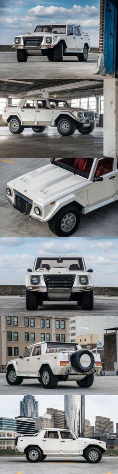1990 Lamborgini LM002 / 5.2l V12 / Italy / white / 'Rambo-Lambo' / 17-256