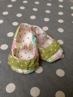 Baby Mary Jane Cloth Baby Shoes with Bow on Etsy, $15.00