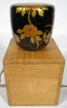 Kaga tea caddy, contemporqary--Munehiro Michiba