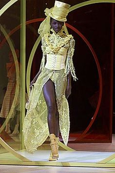 John Galliano Spring 2000 Ready-to-Wear Fashion Show - John Galliano, Oluchi Onweagba