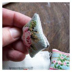 Needlework Cushions   Open House Miniatures