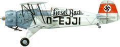 Bücker Bü 133 Jungmeister, extrañamente ignorado en los libros de grandes aviones de la historia, y en los manuales sobre biplanos famosos....
