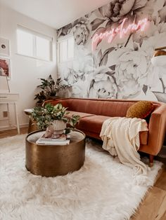 Add a touch of luxury to any room with our plush Polar White Shag Rug. This washable rug is made with 100% faux fur, this high-pile rug features a gorgeous white color. #washablerugs #shagrugs Styled by @peonyandhoney