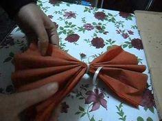 TUTORIAL-paper flower-Floare mare din hartie Tissue Paper, Paper Flowers, Napkins, Tutorials, Tableware, Dinnerware, Towels, Dinner Napkins, Tablewares
