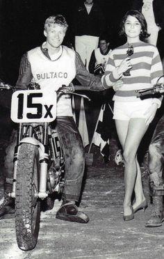 Steve Scott Dart track machine is Bltaco 1966 Bultaco Motorcycles, Racing Motorcycles, Motorbikes, Flat Track Motorcycle, Dirt Bike Racing, European Motorcycles, Vintage Motorcycles, Classic Bikes, Classic Cars