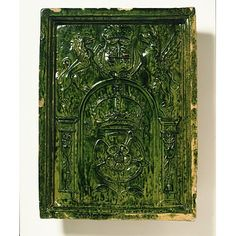 Tile | V Search the Collections    This is a stove tile rather than a floor tile. about 1550. The interesting thing about this is not only the fact that it's heraldic, but it's also from a ceramic stove--enclosed stoves used to heat in Tudor England.