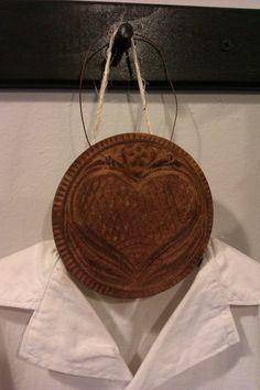 Primitive Blackened Beeswax Folk Art PA Dutch Heart