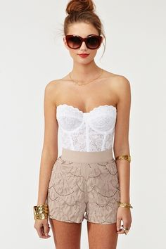 Love the shorts - great fashion site. Coachella 2013!