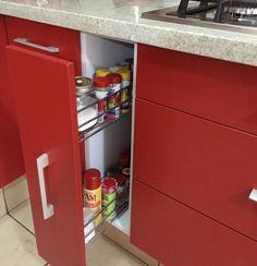 Especiero : Cocinas modernas de ARKIZA ARQUITECTOS