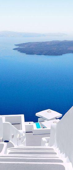 Santorini Caldera, Greece. luxury hotels in Santorini. amazing view.
