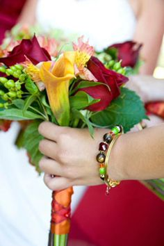 Beautiful bridesmaids bouquets, perfect colors