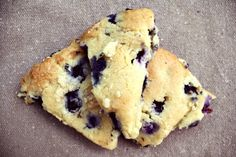 Blueberry Scones (grain-free, naturally sweetened, Paleo-Friendly)