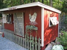 "My ""Hinkel Haus"" made of PALLETS  and recycled wood picket fencing.    Hinkel is PA Dutch for Chicken btw!     Mostly recycled materials for the coop, two paint colors, all we have to finish up  is our storage ""step"" under the door and some purdy lanscaping!  LINK to more pics and DIY    http://www.backyardchickens.com/a/hinkel-haus-made-of-pallets-recycled-wood-pickets"
