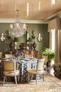 Home design and interior decorating is what VERANDA magazine is all about. Green Dining Room, Dining Room Paint Colors, Green Rooms, Dining Room Design, Dining Room Furniture, Green Walls, Dining Rooms, Home Design, Interior Design
