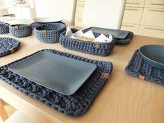 Place setting rectangle / Goods of seller Blankajankovska - TATJANA Crochet Kitchen, Crochet Home, Knit Crochet, Crochet Placemat Patterns, Crochet Basket Pattern, Modern Crochet, Diy Home Crafts, Crochet Dinosaur, Crochet Projects