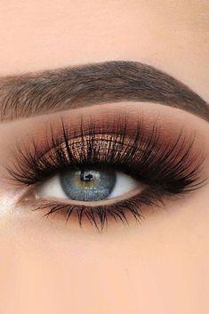 - - #makeupproducts de #makeupnightparty