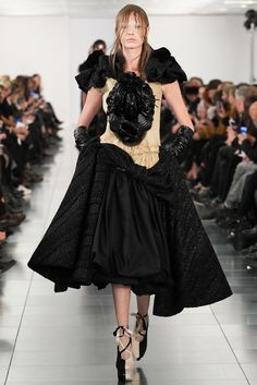 I fnk love these SHOES!!!! Maison Martin Margiela Spring 2015 Couture - Collection - Gallery - Style.com