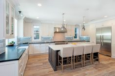 Studio City, CA | Showcase Kitchens and Baths