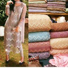 Cheap Women S Fashion Websites Info: 5807971784 Pakistani Wedding Outfits, Pakistani Dresses, Indian Dresses, Indian Outfits, Indian Clothes, Punjabi Dress Design, Indian Designer Suits, Pakistani Couture, Sari Blouse Designs