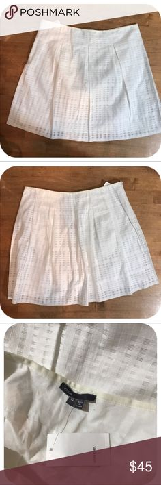 Vince Cotton eyelet mini skirt NWT - Cotton Blend  mini with lining and side zipper Vince Skirts Mini