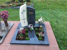 Urnengrabmal mit Pusteblume Thema