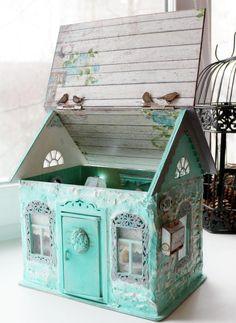 Мятный кукольный домик. Румбокс для кукол. - Ярмарка Мастеров - ручная работа, handmade Diy Gift Box, Diy Box, Miniature Houses, Miniature Dolls, Diy And Crafts, Paper Crafts, Shabby Chic Crafts, Fancy Fold Cards, Beautiful Handmade Cards