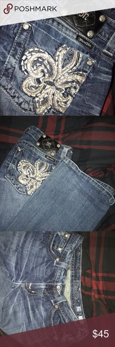 used miss me jeans Still in great condition, perfect to wear with uggs or booties when going out Miss Me Jeans Boot Cut