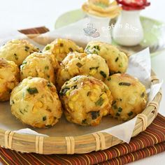 Tofu Corn and Chive Fritters. These vegan meatballs made with tofu corn and chives are delightful appetizers Tofu Recipes, Vegetarian Recipes, Cooking Recipes, Cooking Tips, Tofu Dishes, Vegan Dishes, Vegan Meatballs, Think Food, Vegan Appetizers