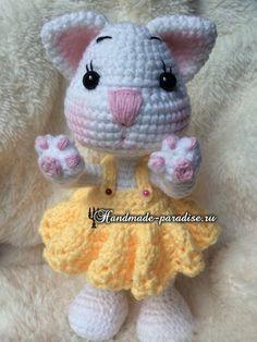Little Cat Amigurumi - Free Russian Pattern here: http://handmade-paradise.ru/kotenok-kryuchkom-vyazanie-amigurumi/